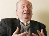 79-летний Грондона намерен пойти еще на один срок президентства АФА