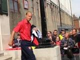 Бергкамп: «Арсенал» играет слишком предсказуемо»