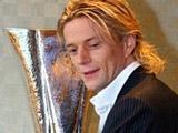 Тимощук уехал в Стамбул отдавать Кубок УЕФА