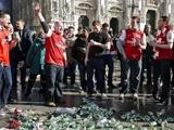 Фанаты «Арсенала» устроили беспорядки в центре Милана (ВИДЕО)