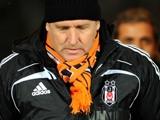 Шустер готовится к «Динамо» в шарфе «Шахтера»
