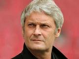 Тренер «Гамбурга»: «Нистелрой должен выполнять условия контракта»