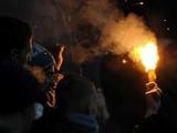 Бросившей петарду в Шунина грозит до пяти лет тюрьмы