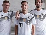 Игроки сборной Германии на ЧМ-2018 раскололись на два лагеря