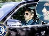 На автомобиль Конте упал стеклянный стол на базе «Челси»