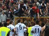 Восемь фанатов «Дженоа» получили тюремные сроки за задержку матча