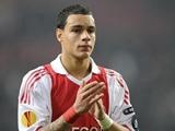 У ван дер Виля три варианта: «Арсенал», «Ньюкасл» и ПСЖ