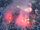 Матч чемпионата Парагвая был остановлен из-за брошенного в лайнсмена файера