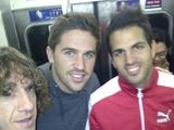 Игроки «Барселоны» покатались в токийском метро