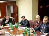 В списке кандидатов на пост наставника сборной Украины — 30 тренеров