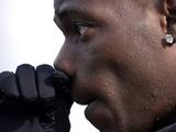Балотелли: «Очень надеюсь, что «Манчестер Сити» победит МЮ»