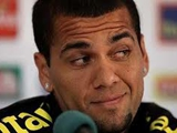 Алвес уверен, что Моуринью завидует «Барселоне»