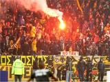 Матч чемпионата Греции был прерван из-за буйства болельщиков