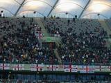 Сборная Англии поможет своим болельщикам деньгами