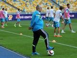 ФОТОрепортаж: открытая тренировка сборной Украины (26 фото)