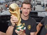 Клозе завершил игровую карьеру и будет проходить тренерскую практику в сборной Германии