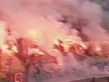 «Полчище зла» сорвало матч в Боснии (ВИДЕО)