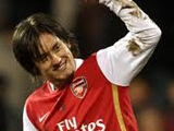 Росицки останется в «Арсенале» минимум до лета