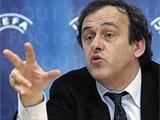 Платини назвал стадионы Италии катастрофой