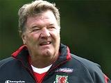 Тошак не намерен уходить с поста главного тренера сборной Уэльса