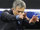 Моуринью будет смотреть игру с «Барсой» с фанатской трибуны «Реала»?