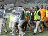 Национальный стадион в Дакаре дисквалифицирован на год
