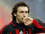 """Берлускони надеется, что Пирло останется в """"Милане"""""""