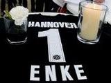 Руководство немецкого футбола побывало на могиле Энке