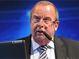 Глава медицинского комитета ФИФА попросил судей в ЮАР быть построже