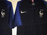Nike, не дожидаясь финала ЧМ-2018, уже выпустил футболки сборной Франции с двумя чемпионскими звездами (ФОТО)