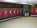 Тренер «Манчестер Юнайтед» проломил стену в раздевалке на «Уэмбли»