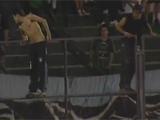 В Аргентине болельщики сорвали матч чемпионата (ВИДЕО)