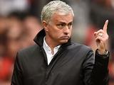 Игроки «Манчестер Юнайтед» разделились на два лагеря из-за критики Моуринью