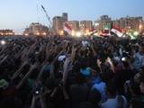 В Египте продолжается противостояние между болельщиками и полицией