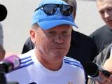 Олег БЛОХИН: «Бутсы у нас пока никто не швыряет»