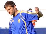 Евгений ЛЕВЧЕНКО: «Не играя в своем клубе, принести пользу сборной нельзя»