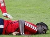 Форвард сборной Франции потерял сознание прямо на тренировке (ФОТО)