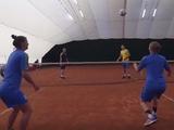 ВИДЕО: Коноплянка и Караваев сыграли в теннисбол с женской сборной Украины