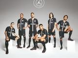 ПСЖ презентовал форму, в которой команда будет играть в Лиге чемпионов (ФОТО)