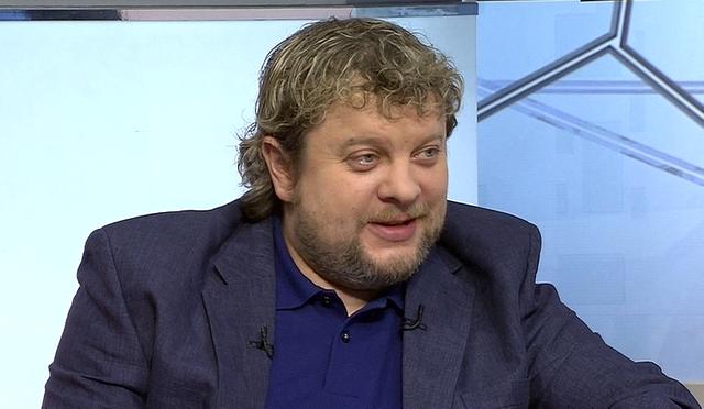 Алексей Андронов: не иключаю, что сожжение флага России на стадионе в Киеве было сознательной провокацией