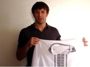 Александр Шовковский меняет вышиванку на бронежилет (ВИДЕО)