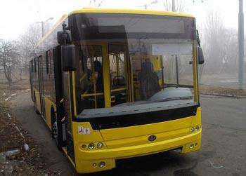 По Киеву поедут новые автобусы и троллейбусы