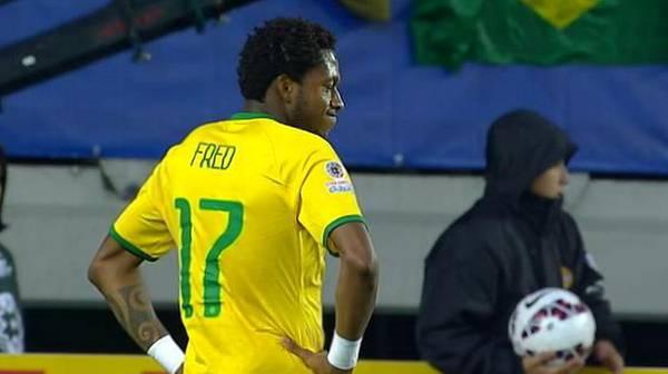 Бразилия отрицает дачу допинга Фреду