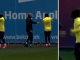 ВИДЕО: игроки «Барселоны» бегали на тренировке в повязках на глазах. Для улучшения ориентации в пространстве