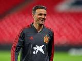 Тренер сборной Испании Луис Энрике пропустил начало матча с Косово. Наставник застрял в лифте