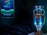 Главный трофей Евро-2012 привезли в Киев