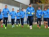 «Динамо» готовится к матчу со «Львовом». Буяльский и Миколенко работают наравне со всеми