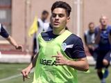 Игрок «Черноморца» Артур Авгимян забил мяч прямым ударом с углового (ВИДЕО)
