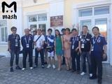 Японские болельщики по пути с матча ЧМ-2018 не смогли найти туалет. Их свозили в местную администрацию
