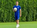 Булеца и Супряга прибыли в расположение «Динамо» и приступили к тренировкам с первой командой